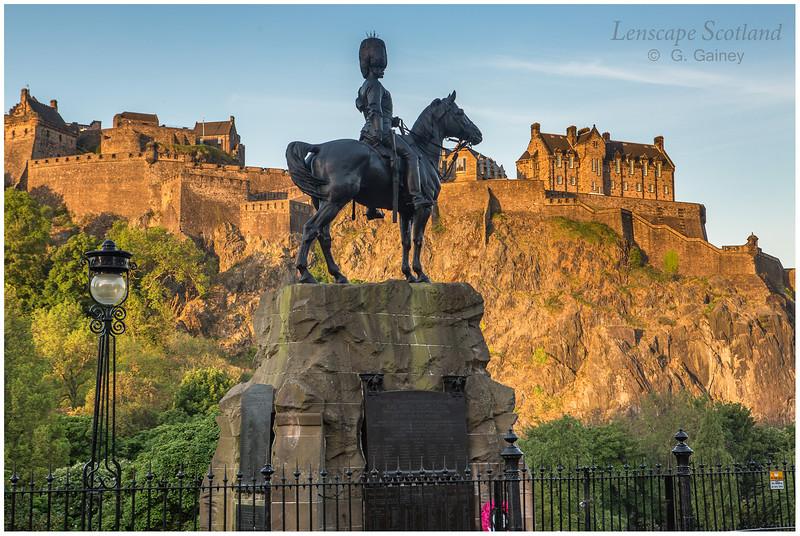 Royal Scots Greys Monument, West Princes Street Gardens (3)
