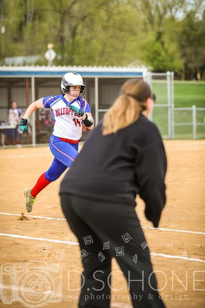 Maggie Wallin Softball-33.JPG