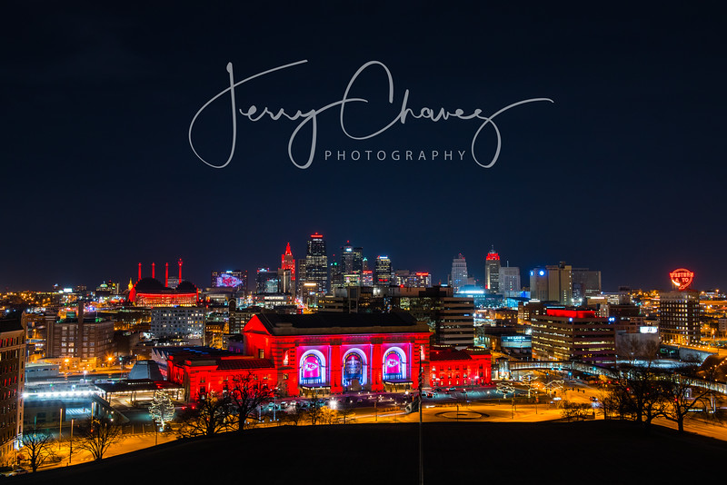 Kansas City Turns Chiefs Red