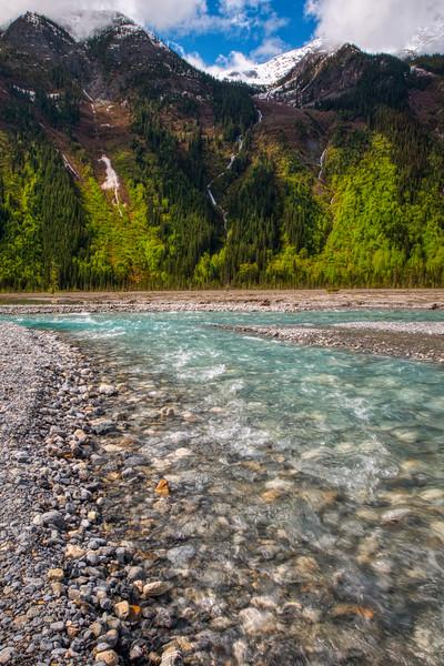Berg Lake Trail Mount Robson BC-5.jpg