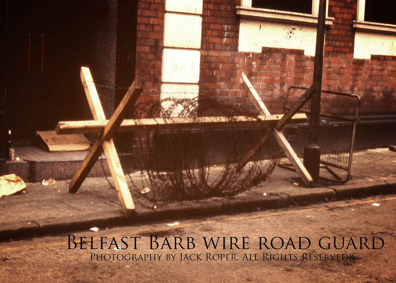 Barb-wire-road-guard-2-.jpg