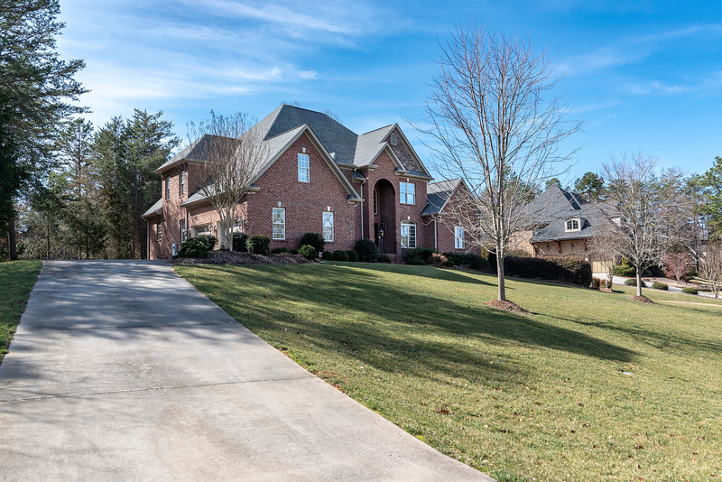 183 Hollow Tree Ct
