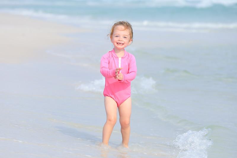 Harper at the beach-68.jpg