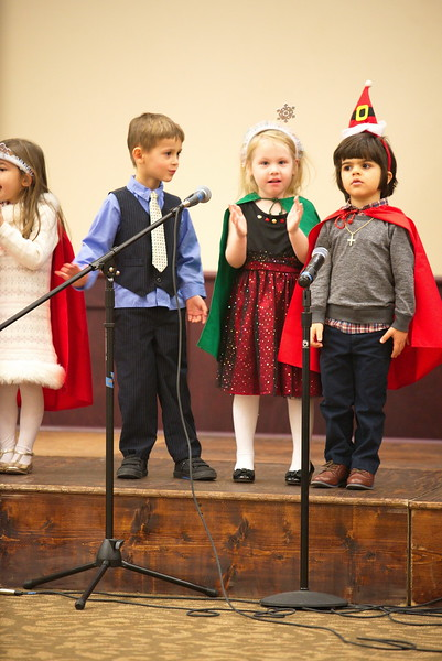 2017-12-17-Christmas-Pageant_189.jpg