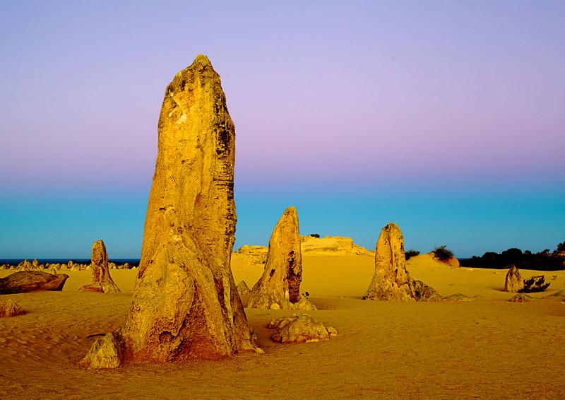 Image Title: Pinnacles 2.  Image No. kee4201b