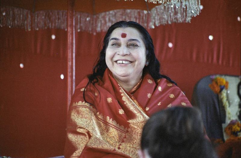 Shri Mahakali Puja, 19 December 1982, Lonavala India (Matthew Fogarty photo)