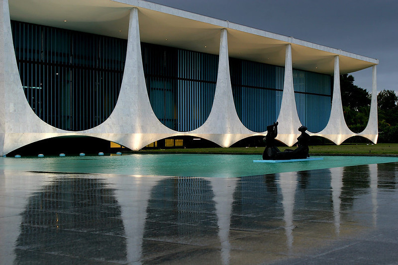 . The Palacio da Alvorada, or Palace of Dawn, the official residence of Brazilian presidents which was designed by architect Oscar Niemeyer in Brasilia, Brazil. According to a hospital spokeswoman on Wednesday, Dec. 5, 2012, famed Brazilian architect Oscar Niemeyer has died at age 104.  (AP Photo/Eraldo Peres)