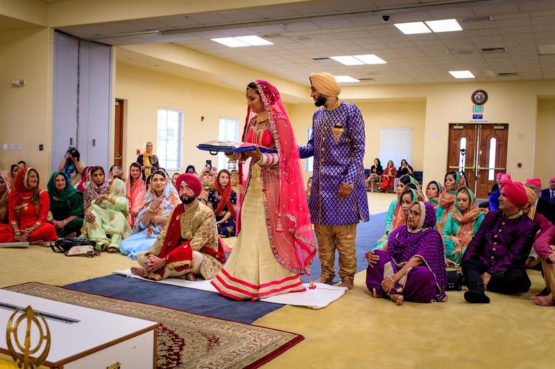 Neelam_and_Matt_Gurdwara_Wedding-1351.jpg