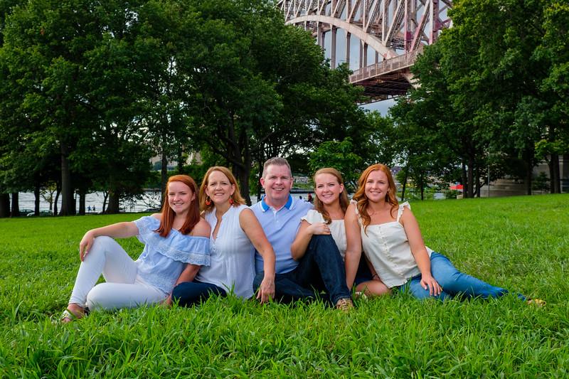 HG - Family shoot - AStoria-200.jpg