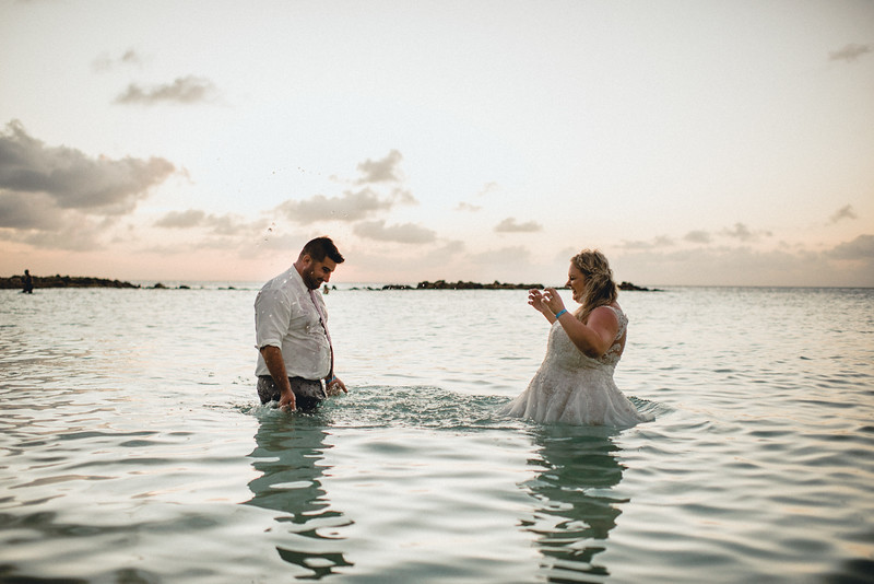 Requiem Images - Aruba Riu Palace Caribbean - Luxury Destination Wedding Photographer - Day after - Megan Aaron -22.jpg