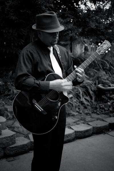 Gangster Guitar