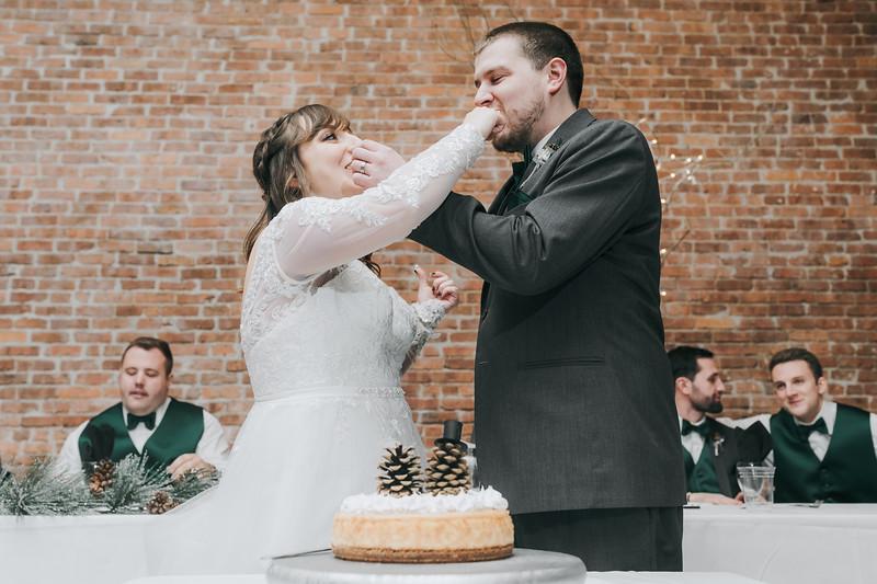 Johnna_Derek_Wedding_La_Casa_Grande_Beloit_Wisconsin_December_15_2018-332.jpg