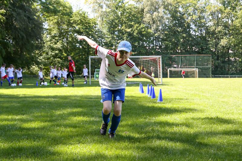 hsv_fussballschule-335_48047986278_o.jpg