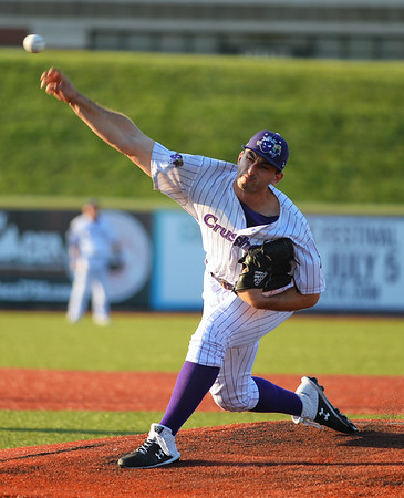 Crushers sweep Florence in doubleheader