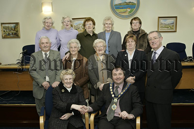 Mayor Pat Mc Ginn and members of the Forkhill Senior Citzenc club who visited the council chamber on Tuesday last.06W8N13