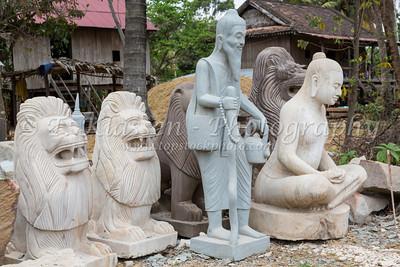 San Tok, Stone Carving Village