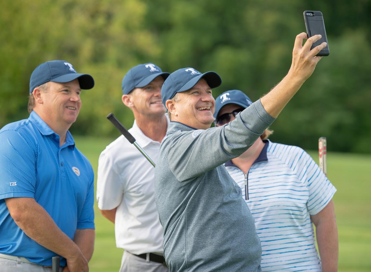 2020_golf_outing_40396.jpg