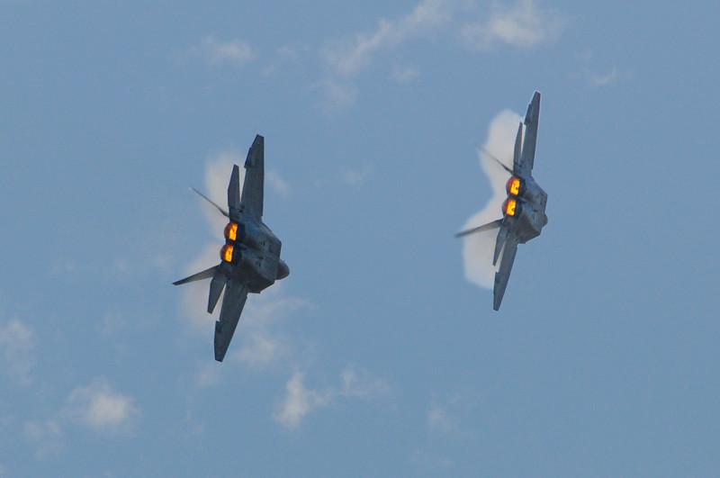 F 22-6.jpg