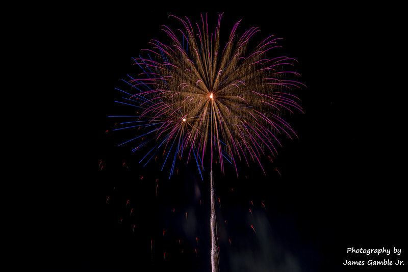 Fourth-of-July-Fireworks-2016-0369.jpg