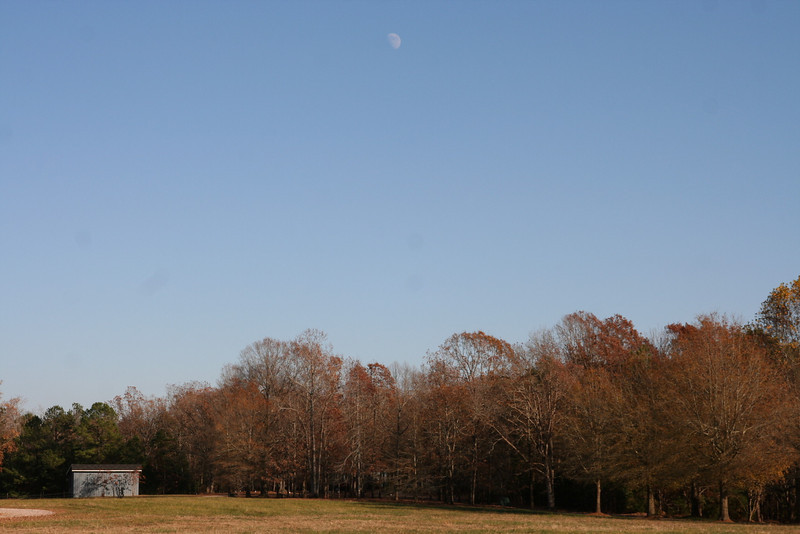 Sky is so clear you can see the moon in the middle of the day!