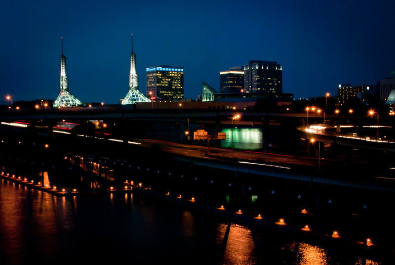 Portland 201208 Bridge at Night (27).jpg