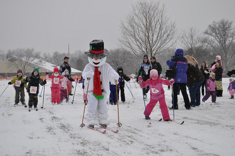Kids with Frosty.JPG