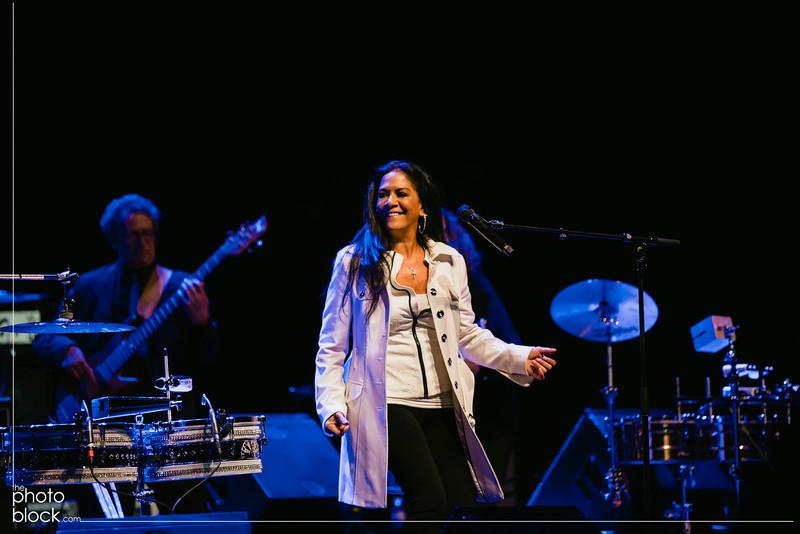 20140208_20140208_Elevate-Oakland-1st-Benefit-Concert-528_Edit_pb.JPG