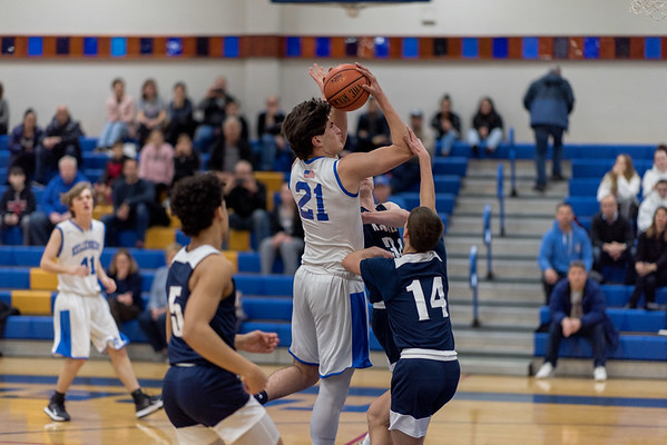 Boys Varsity Basketball – 2019/2020