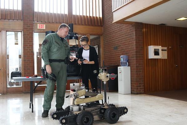 Robotics Class (Mod 4) - Visit from FCPD Bomb Squad