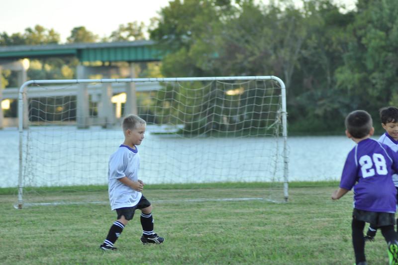ayso-soccer-game1-0032.jpg
