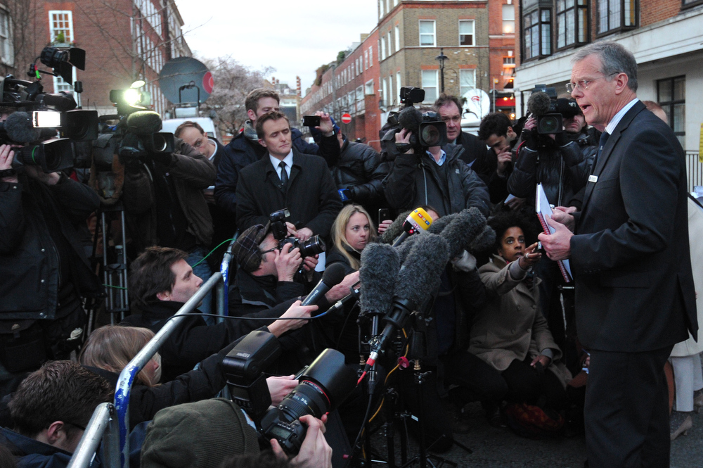. King Edward VII hospital chief executive John Lofthouse (R) speaks to the media outside the hospital in London on December 7, 2012 after nurse Jacintha Saldanha was found dead at a property close by. A nurse at the hospital which treated Prince William\'s pregnant wife Catherine, Duchess of Cambridge, was found dead on December 7, days after being duped by a hoax call from an Australian radio station, the hospital said. Police said they were treating the death, which happened at a property near the hospital, as unexplained. CARL COURT/AFP/Getty Images