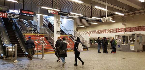 Atlantic Ave Subway Entrance plus Apple Pay
