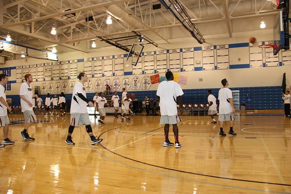Men's Basketball vs Univ. of Waterloo – Nov. 3, 2012