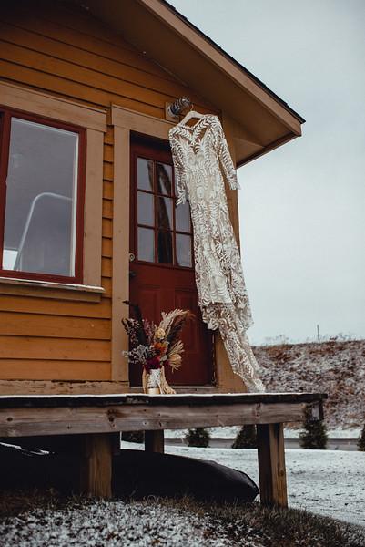 Requiem Images - Luxury Boho Winter Mountain Intimate Wedding - Seven Springs - Laurel Highlands - Blake Holly -43.jpg