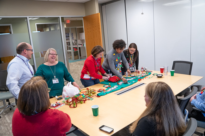 Resource Group Holiday Party 2019-00672.jpg