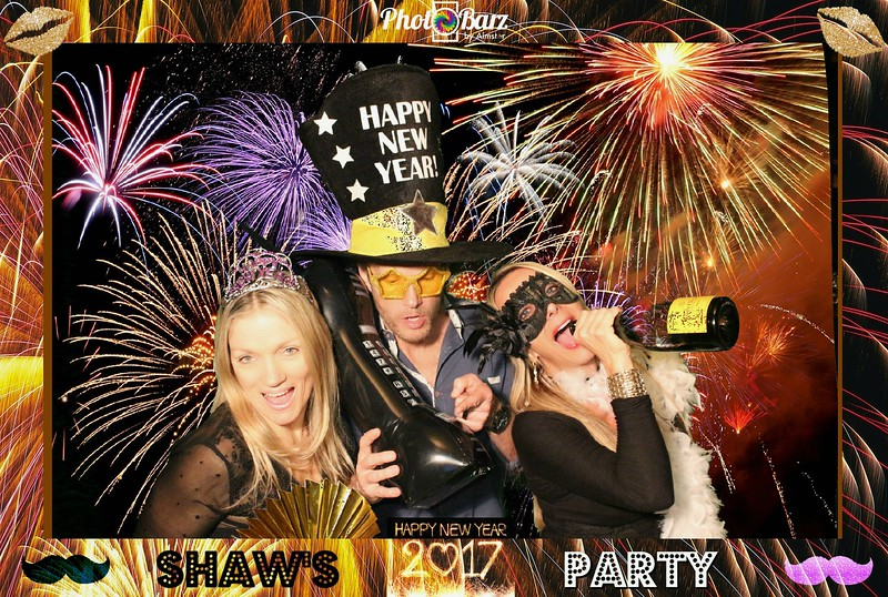 Shaws NYDay Party (10).jpg