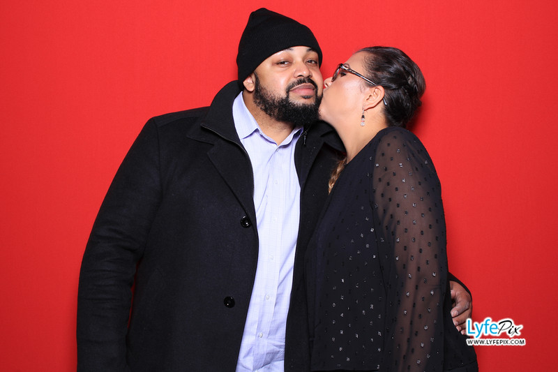 eastern-2018-holiday-party-sterling-virginia-photo-booth-0224.jpg