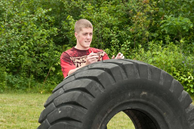 Fitness Revolution Strongman Challenge 2011_ERF4039.jpg
