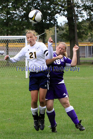 Girls Soccer / Fremont Ross