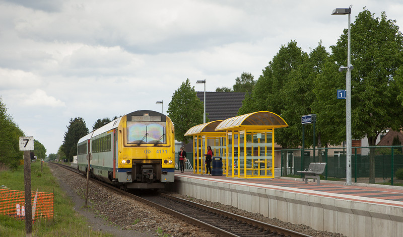 4171 towards Hasselt in Zonhoven-Halveweg.