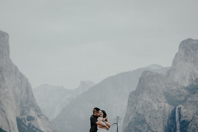 Dan and An| Engagement session | Yosemite National Park.