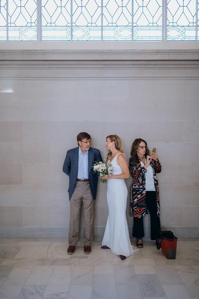 2018-10-04_ROEDER_EdMeredith_SFcityhall_Wedding_CARD1_0069.jpg