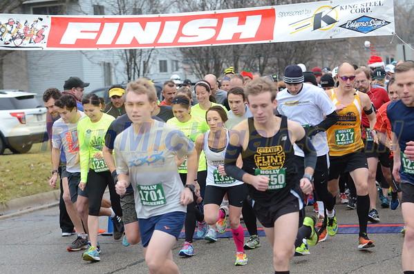 10K Start - 2015 Run Like the Dickens