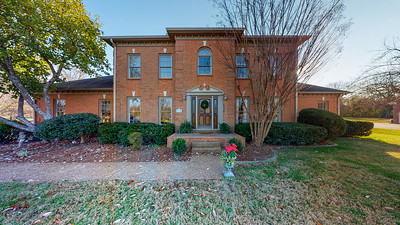2103 Oak Branch Cir Franklin TN 37064