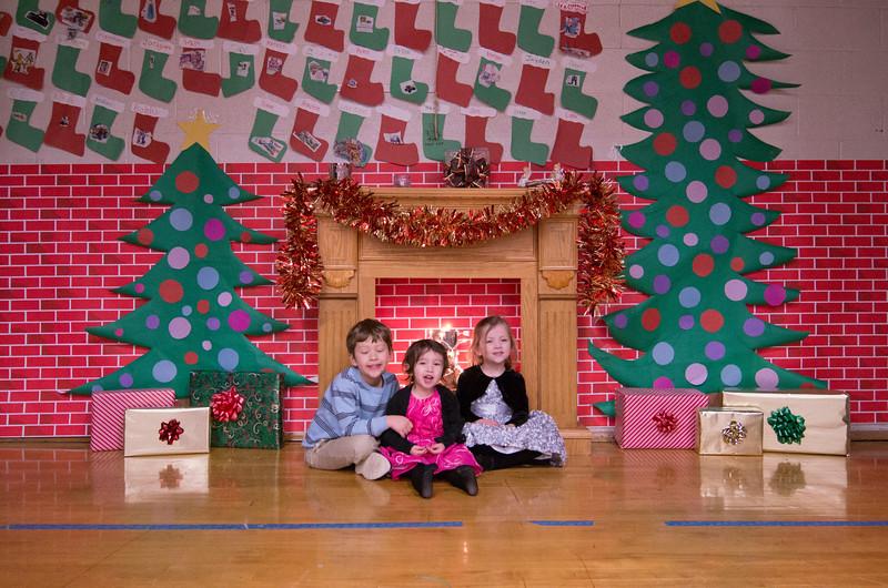 12.17.2014 - Riverview Co-Op Preschool Christmas Program - _CAI6116.jpg