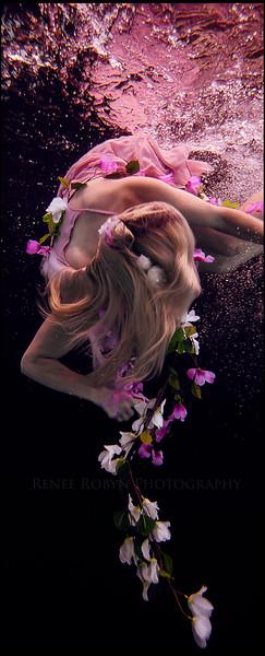 jill-underwater-photo-pink.jpg