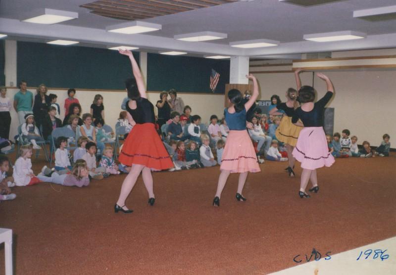 Dance_0470.jpg