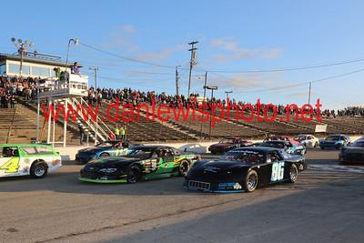 083117 WIR Speedway