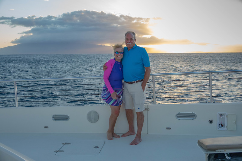 Another sunset sail on 'Hula Girl'. Unfortunately due to Chester's leg injury they couldn't make this trip