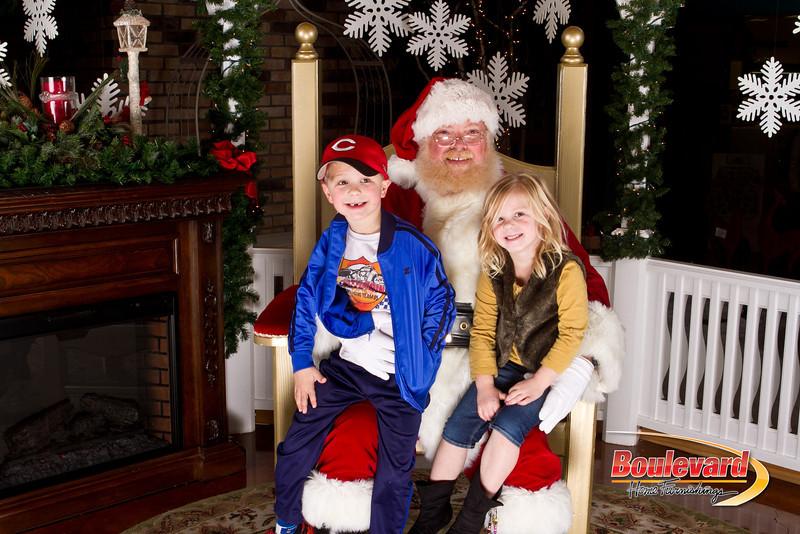 Santa Dec 15-297.jpg